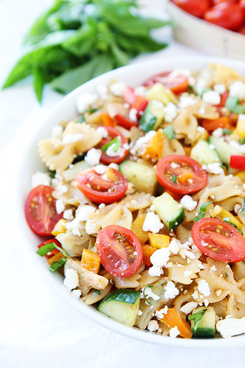 Easy-Summer-Pasta-Salad-5
